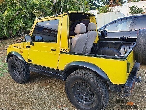 Suzuki Samurai - Auto's Op Curacao